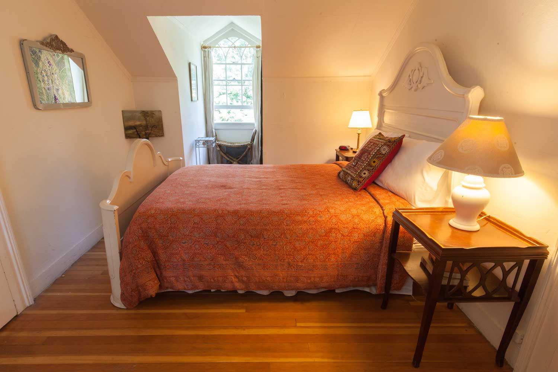 Room 29, Crow's Nest Suite
