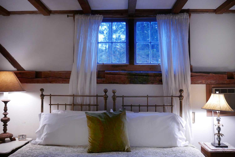 Room 7, Hayloft