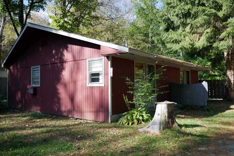 Race Brook Lodge: Sage Cottage, late Summer.