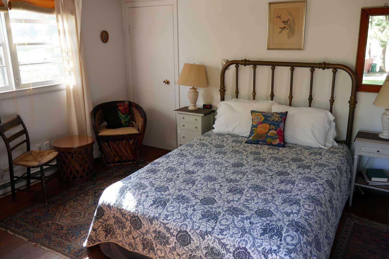 Room 20, Race Cottage