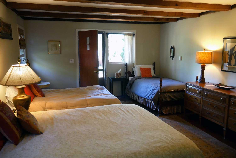 Room 21, Race Cottage