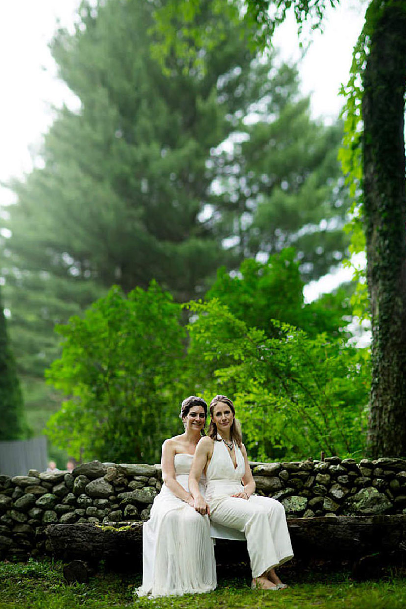 race-brook-lodge-massachussets-lesbian-destination-wedding-photographer-chris-bojanovich-000118.jpg
