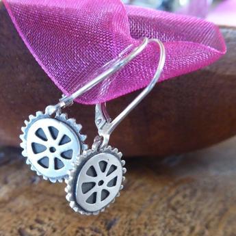 Wheel_Earrings_345x550.JPG
