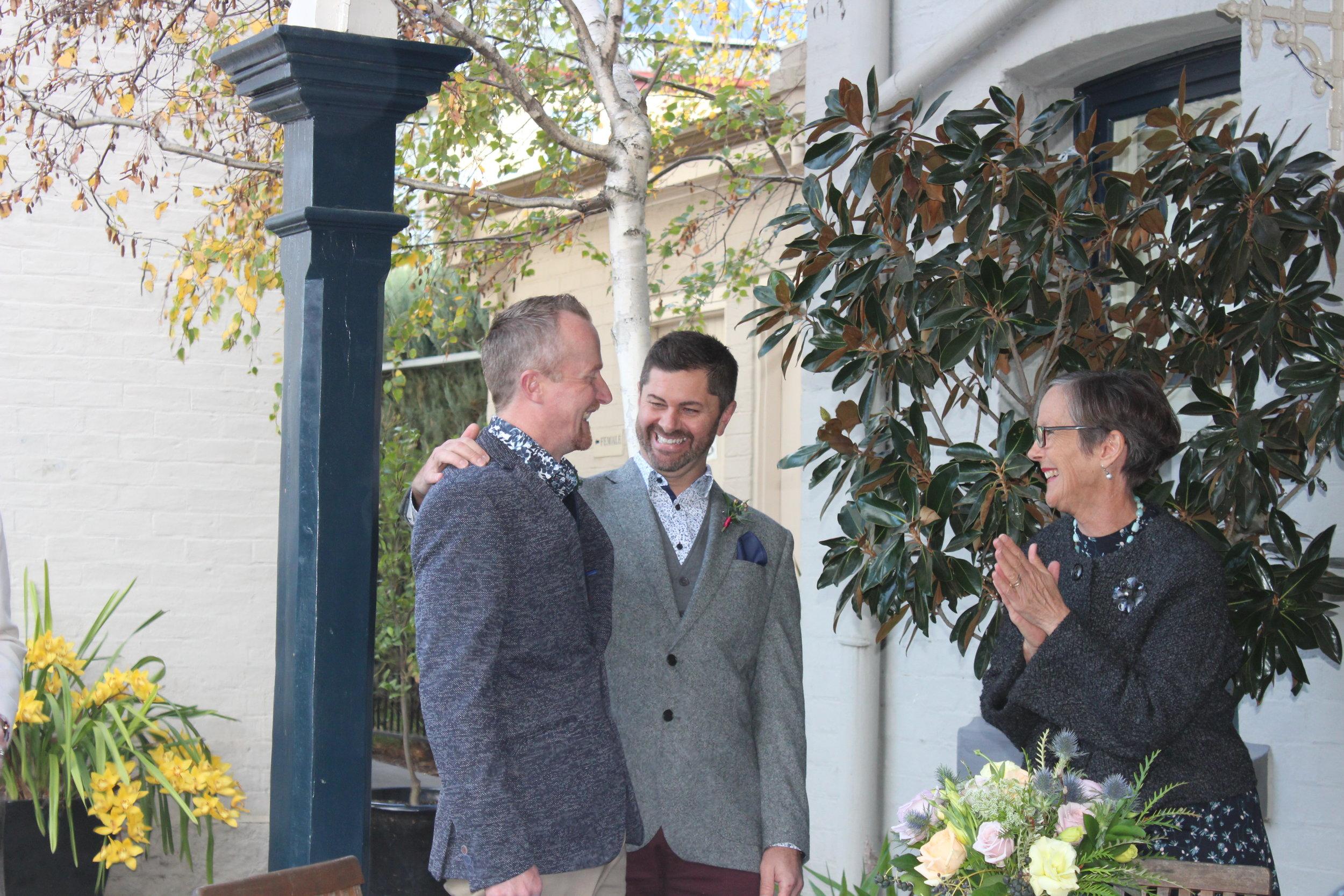 Image: Sarah Darby, Bendigo Wine Bank wedding