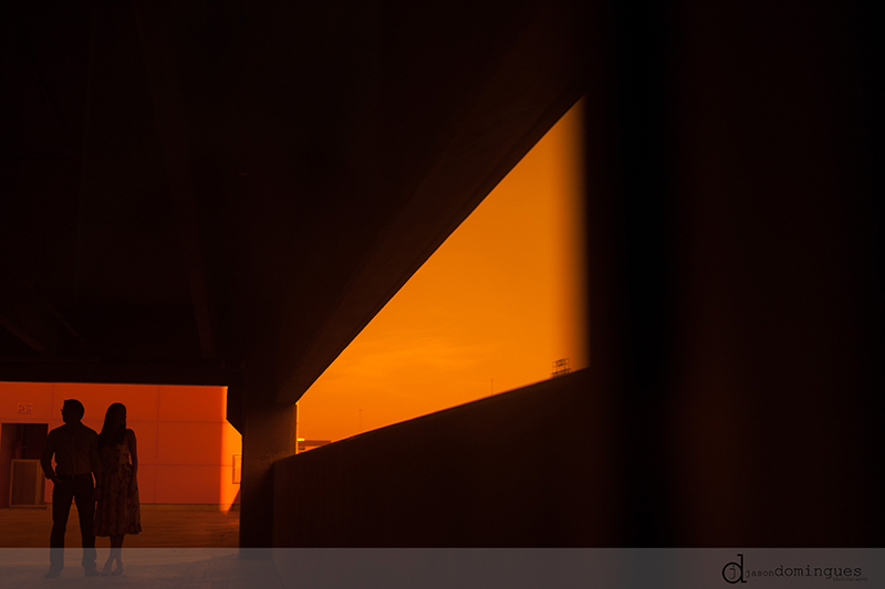 jason-domingues-photography-engagement-session-plaza-kansas-city-downtown-midtown-liberty-memoral-0011