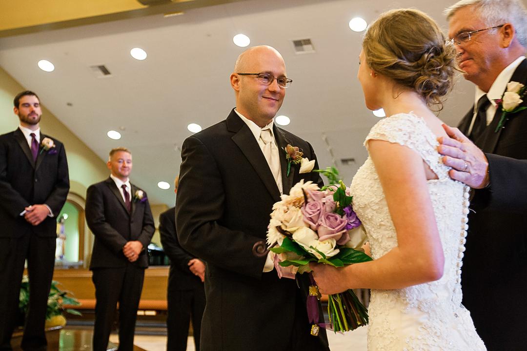 Carriage_club_kansas_city_mo_Missouri_kansas_ks_creative_wedding_photographer_best_jason_domingues_0008
