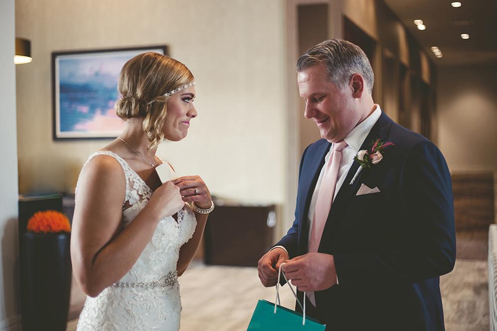the-guild-kansas-city-mo-missouri-kc-wedding-photographer-jason-domingues-photography-mollie-ryan-0007.jpg
