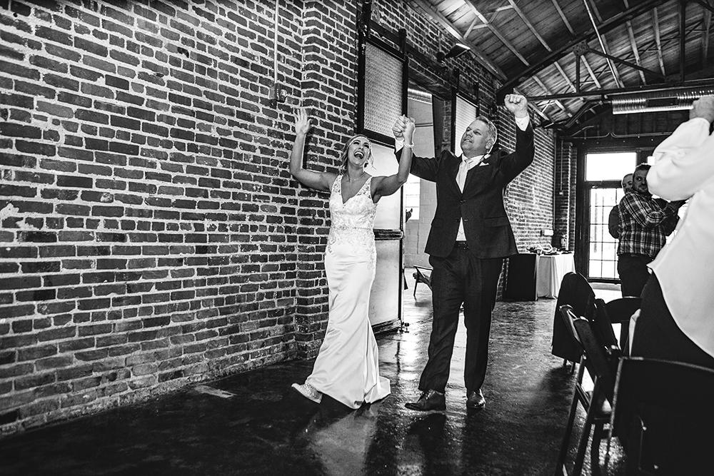 the-guild-kansas-city-mo-missouri-kc-wedding-photographer-jason-domingues-photography-mollie-ryan-0027.jpg