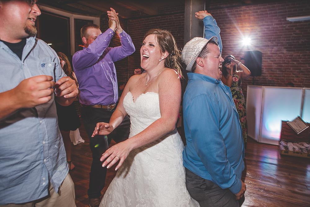 the-mulberry-room-kansas-city-wedding-photographer-jason-domingues-photography-kc-meghan-ben-blog-0040.jpg