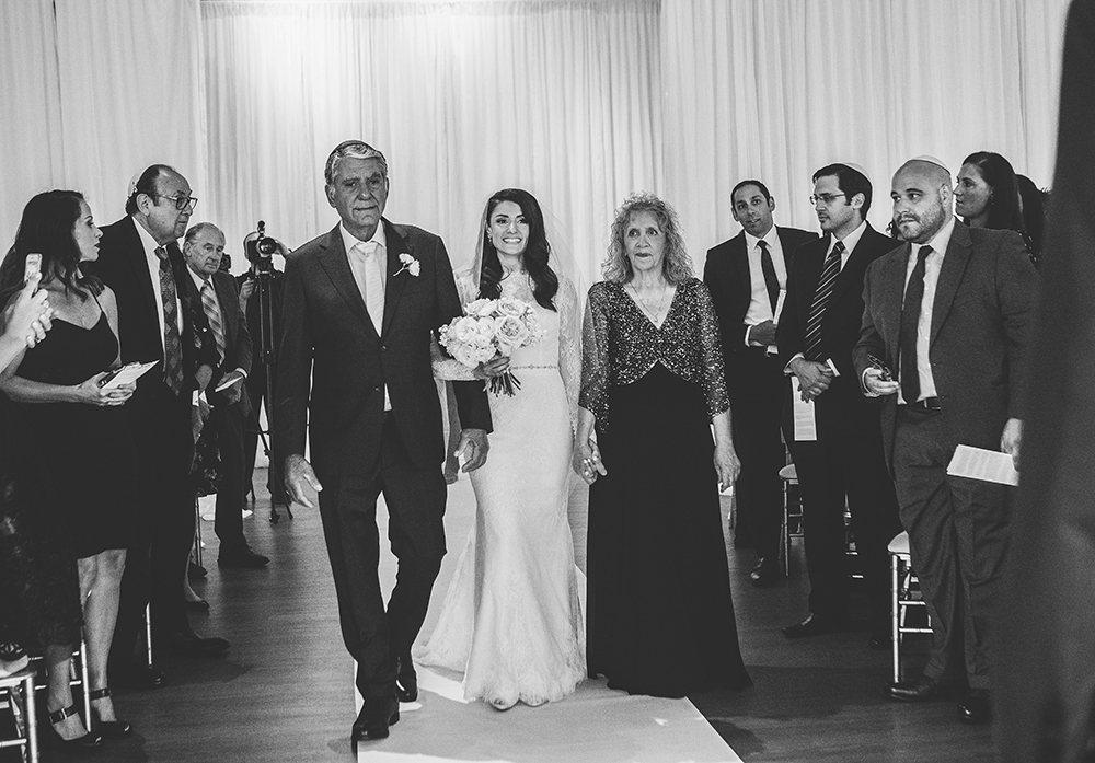 the-gallery-event-space-kansas-city-wedding-photographer-jason-domingues-photography-karen-bryan-blog-0029.jpg