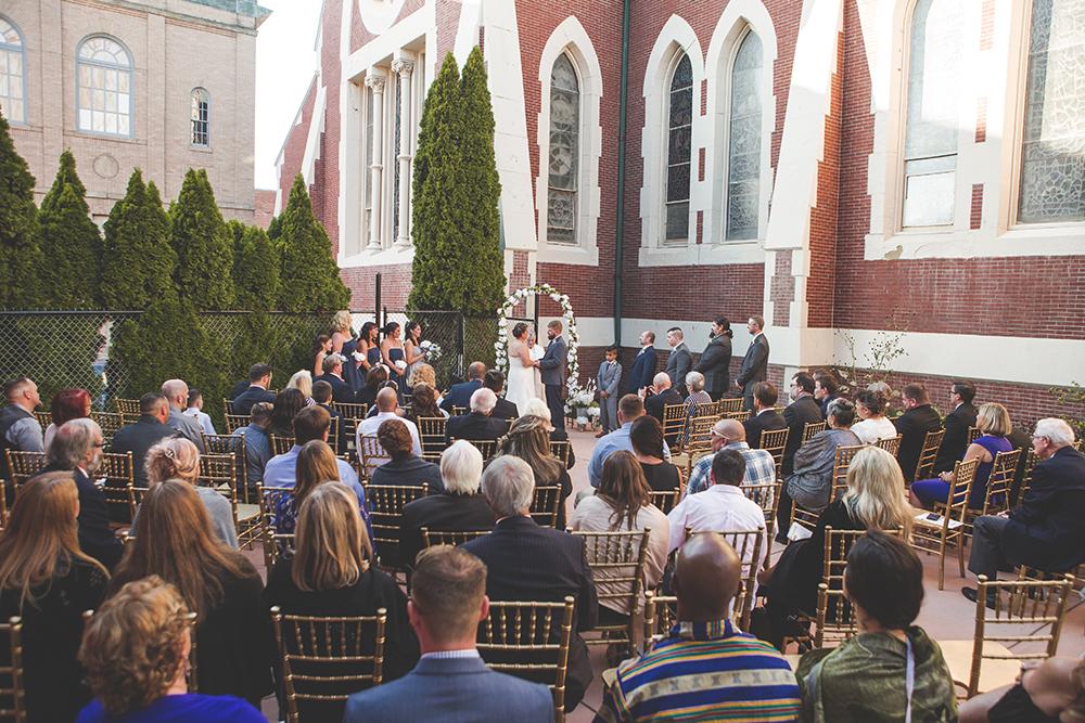 abbey-grill-rhode-island-wedding-photographer-jason-domingues-photography-hannah-mark-blog-0012.jpg