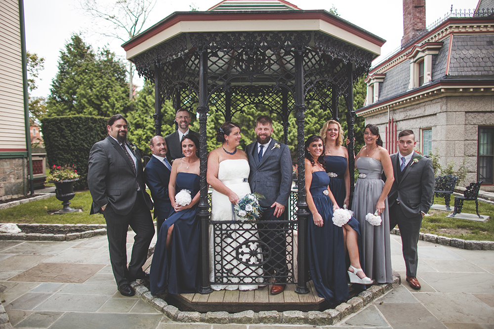 abbey-grill-rhode-island-wedding-photographer-jason-domingues-photography-hannah-mark-blog-0027.jpg