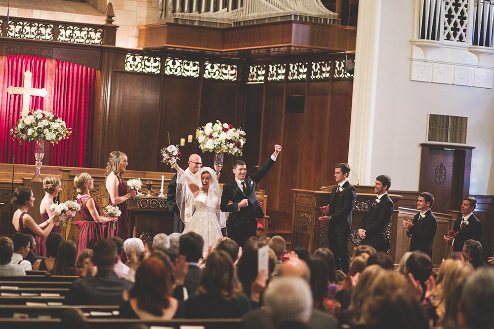 president-hotel-kansas-city-wedding-photographer-jason-domingues-photography-emily-jeff-blog-0019.jpg