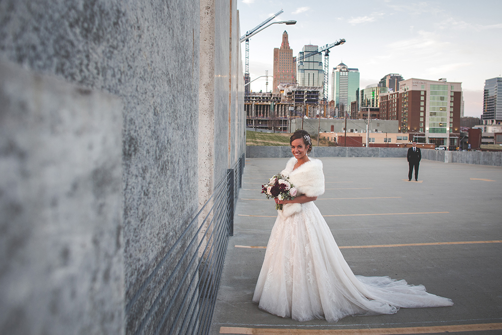 president-hotel-kansas-city-wedding-photographer-jason-domingues-photography-emily-jeff-blog-0023.jpg