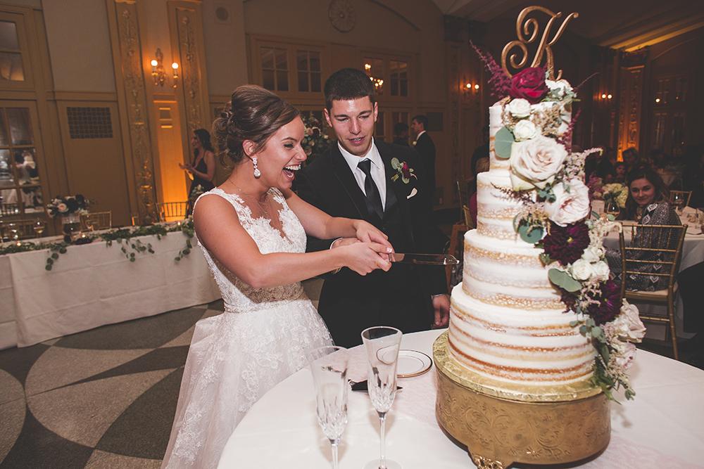 president-hotel-kansas-city-wedding-photographer-jason-domingues-photography-emily-jeff-blog-0029.jpg