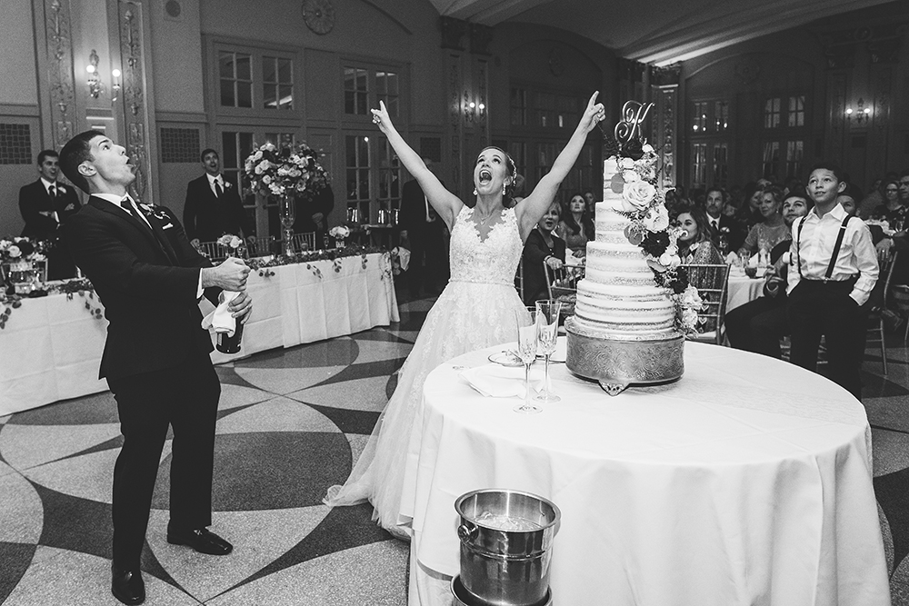 president-hotel-kansas-city-wedding-photographer-jason-domingues-photography-emily-jeff-blog-0031.jpg