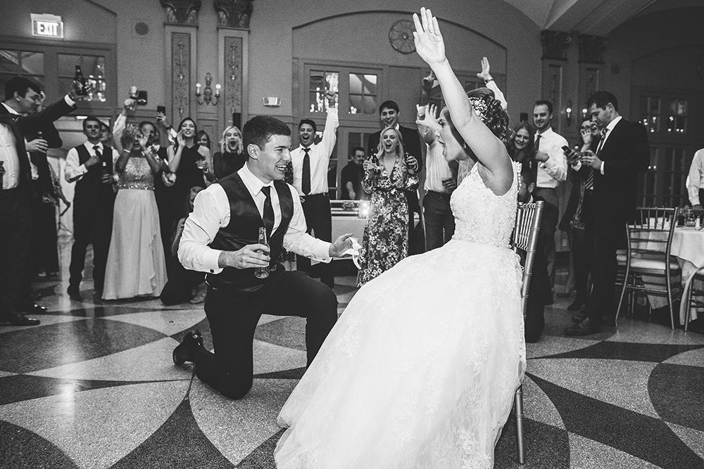 president-hotel-kansas-city-wedding-photographer-jason-domingues-photography-emily-jeff-blog-0035.jpg