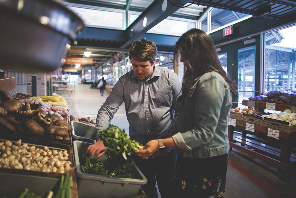 kansas-city-river-market-engagement-session-jason-domingues-photography-rebecca-thomas-blog-0011.jpg