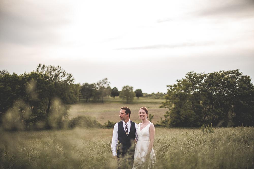 weston-red-barn-farm-kansas-city-wedding-photographer-jason-domingues-photography-kellyn-tony-blog-0019.jpg