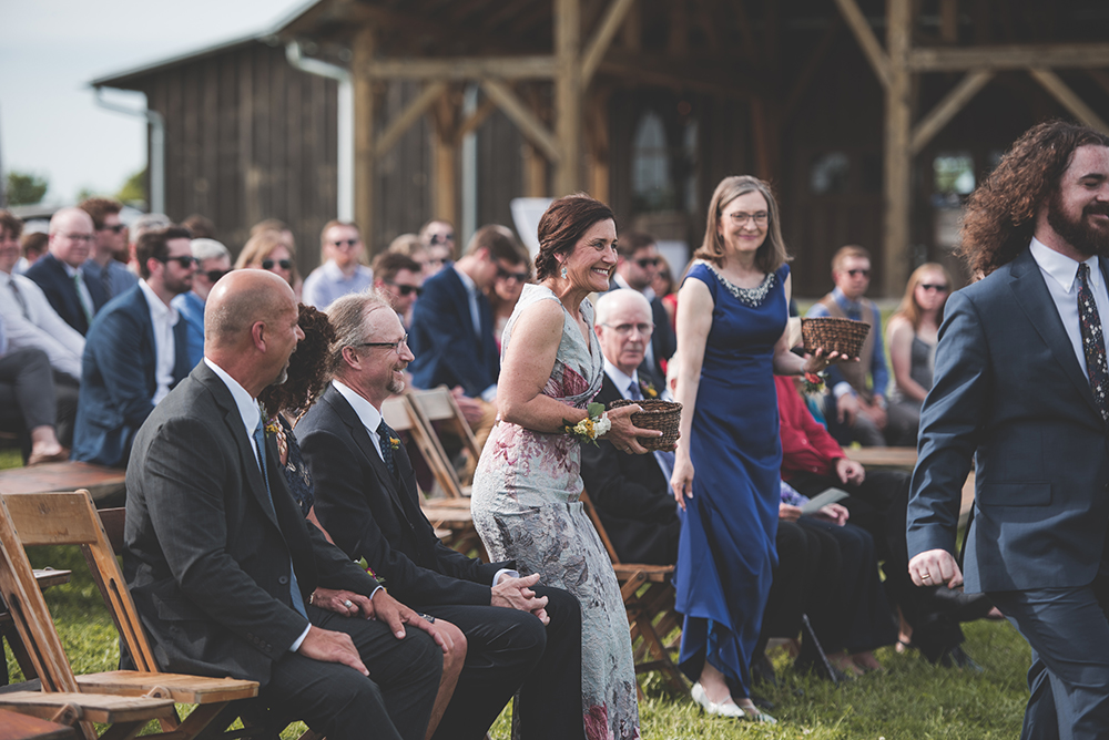 weston-red-barn-farm-kansas-city-wedding-photographer-jason-domingues-photography-kellyn-tony-blog-0027.jpg
