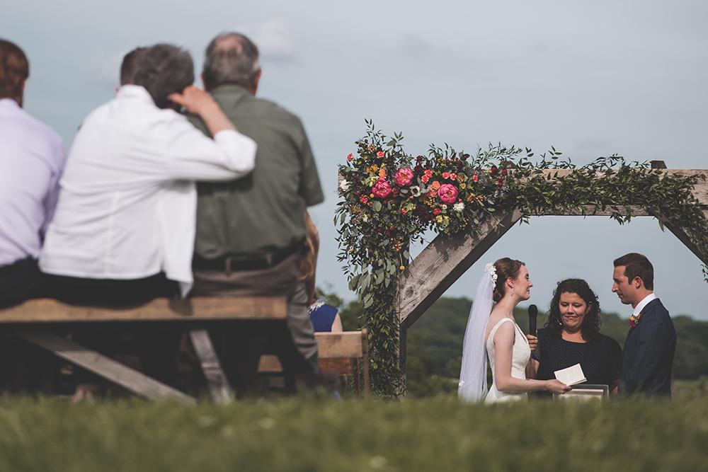 weston-red-barn-farm-kansas-city-wedding-photographer-jason-domingues-photography-kellyn-tony-blog-0030.jpg
