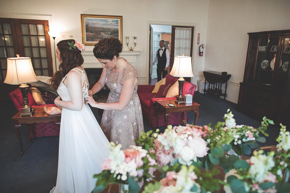 milburn-country-club-kansas-city-wedding-photographer-jason-domingues-photography-hannah-nathan-blog-0002.jpg