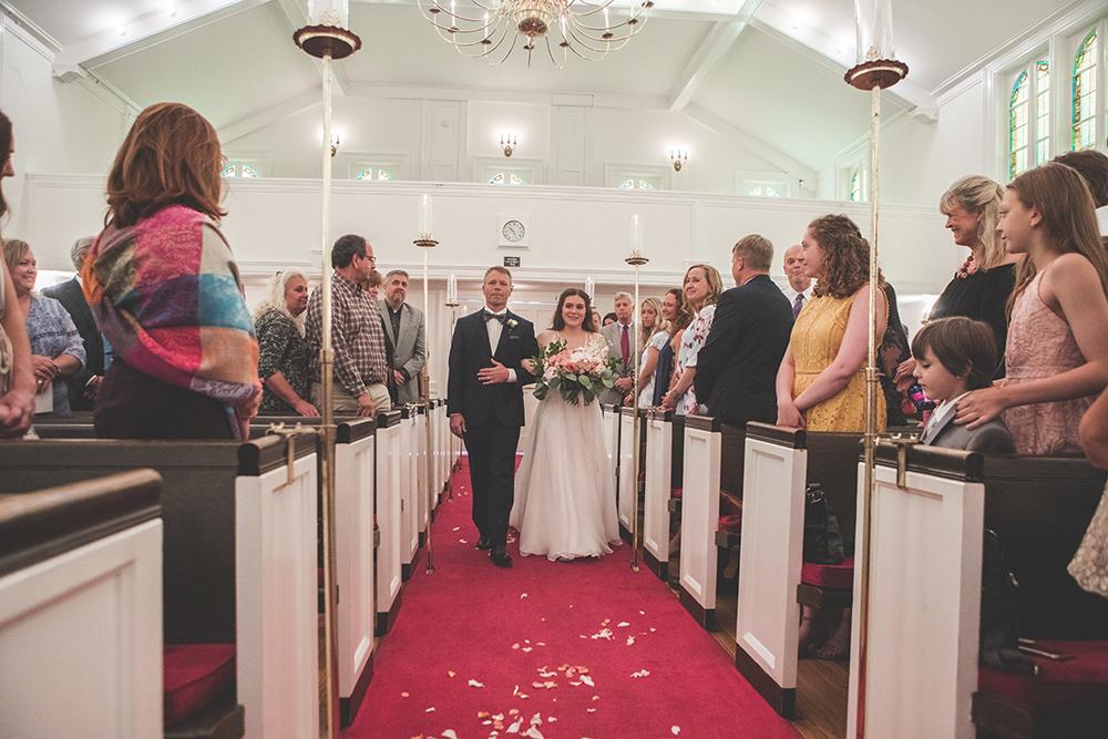 milburn-country-club-kansas-city-wedding-photographer-jason-domingues-photography-hannah-nathan-blog-0006.jpg
