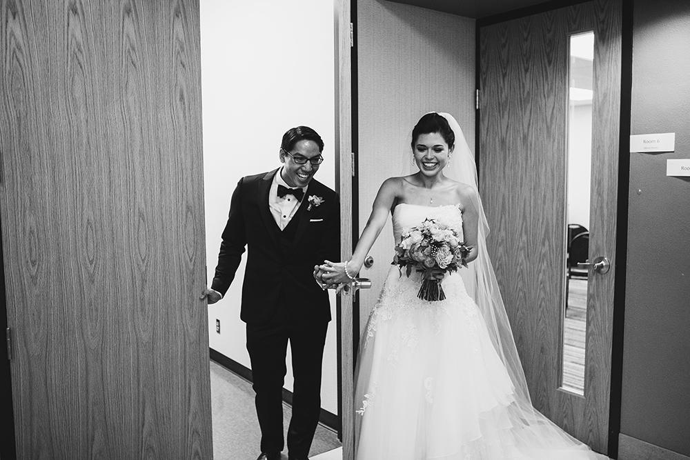 oakwood-country-club-kansas-city-wedding-photographer-jason-domingues-photography-erica-paul-blog-0017.jpg