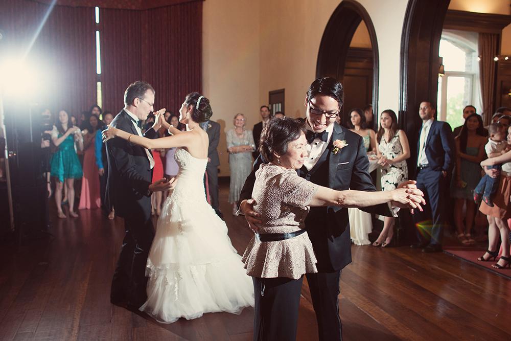 oakwood-country-club-kansas-city-wedding-photographer-jason-domingues-photography-erica-paul-blog-0042.jpg