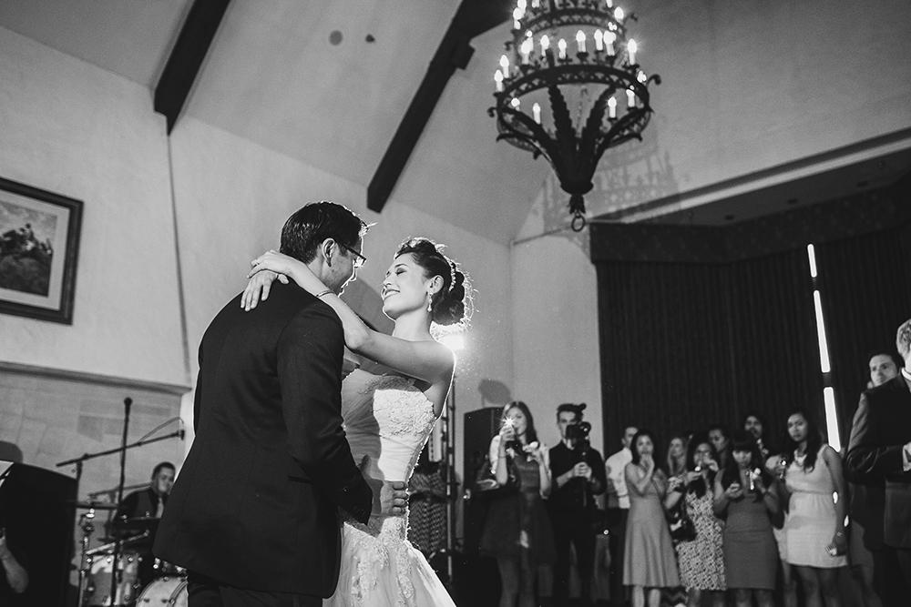 oakwood-country-club-kansas-city-wedding-photographer-jason-domingues-photography-erica-paul-blog-0044.jpg