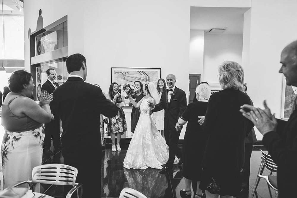 kemper-museum-kansas-city-wedding-photographer-jason-domingues-photography-yesim-craig-blog-0025.jpg