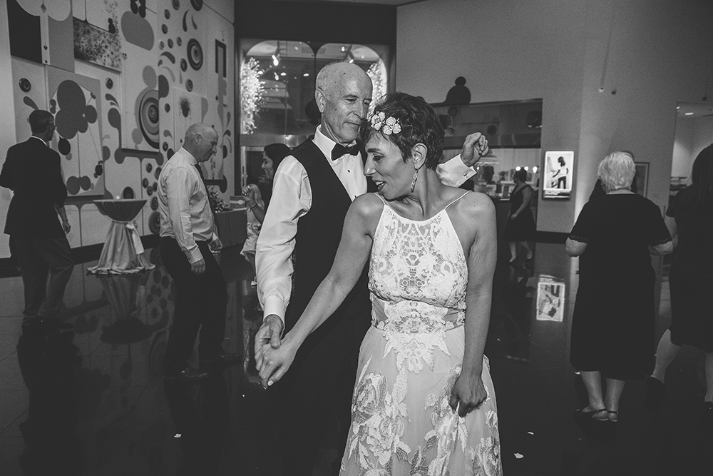 kemper-museum-kansas-city-wedding-photographer-jason-domingues-photography-yesim-craig-blog-0030.jpg