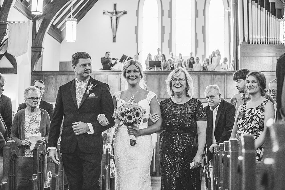 st-agnes-catholic-parish-kansas-city-wedding-photographer-jason-domingues-photography-molly-jacob-blog-0015.jpg