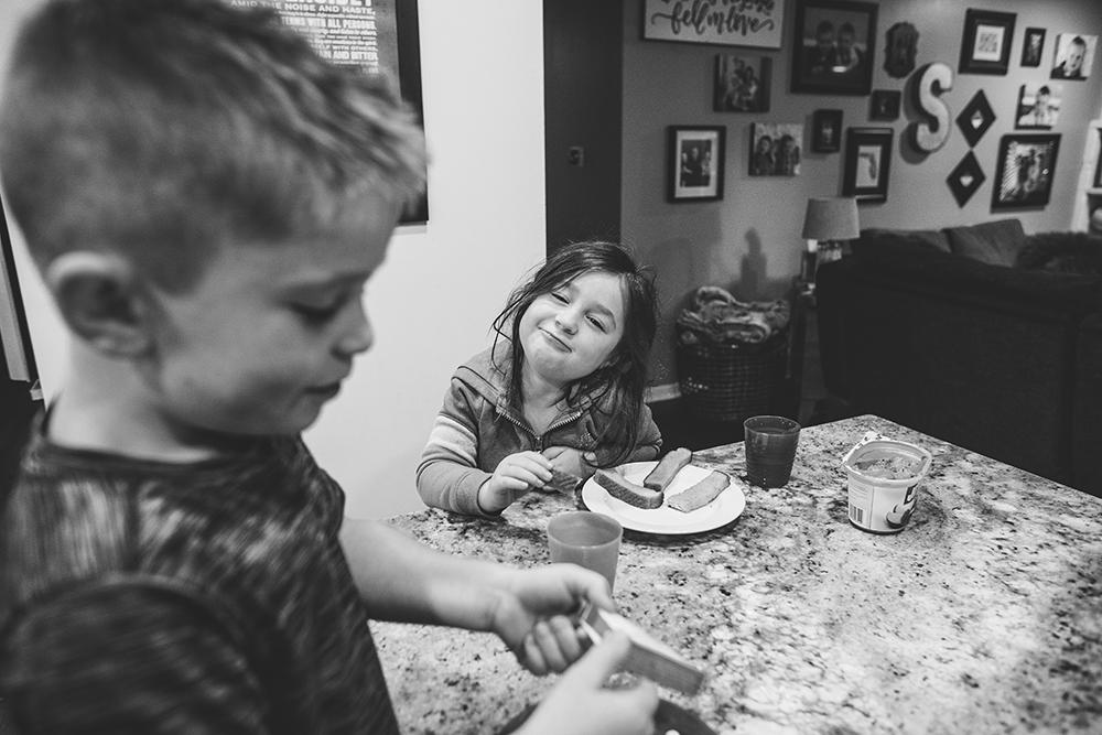 family-portraits-kansas-city-photographer-jason-domingues-photography-first-day-of-school-soltz-blog-0011.jpg