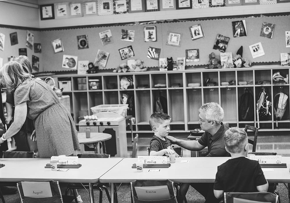 family-portraits-kansas-city-photographer-jason-domingues-photography-first-day-of-school-soltz-blog-0032.jpg
