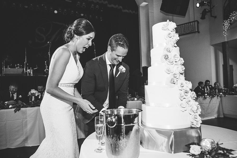 madrid-theatre-kansas-city-wedding-photographer-jason-domingues-photography-stephanie-dave-blog-0047.jpg
