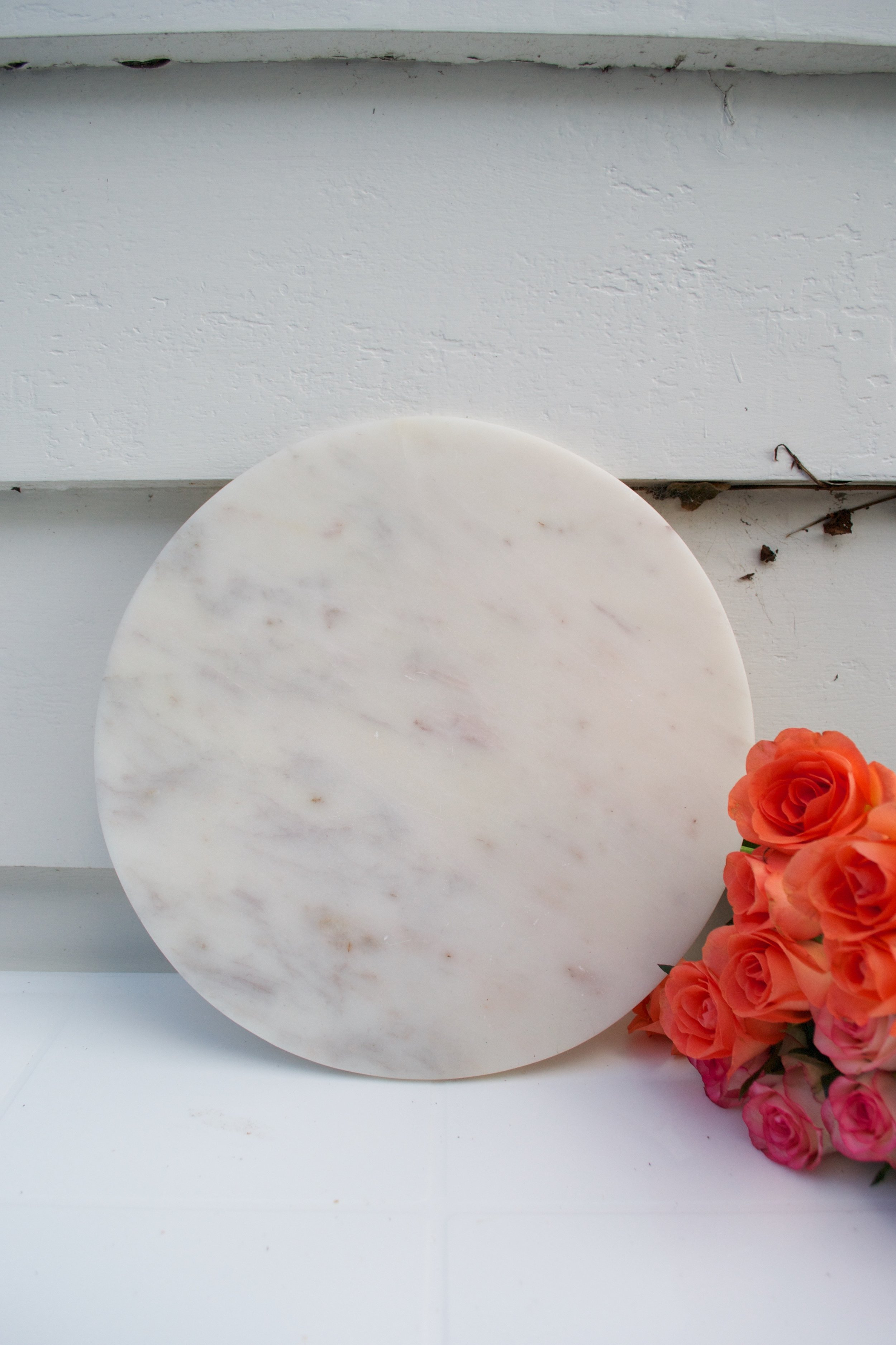 white stone cheese board x1 $5