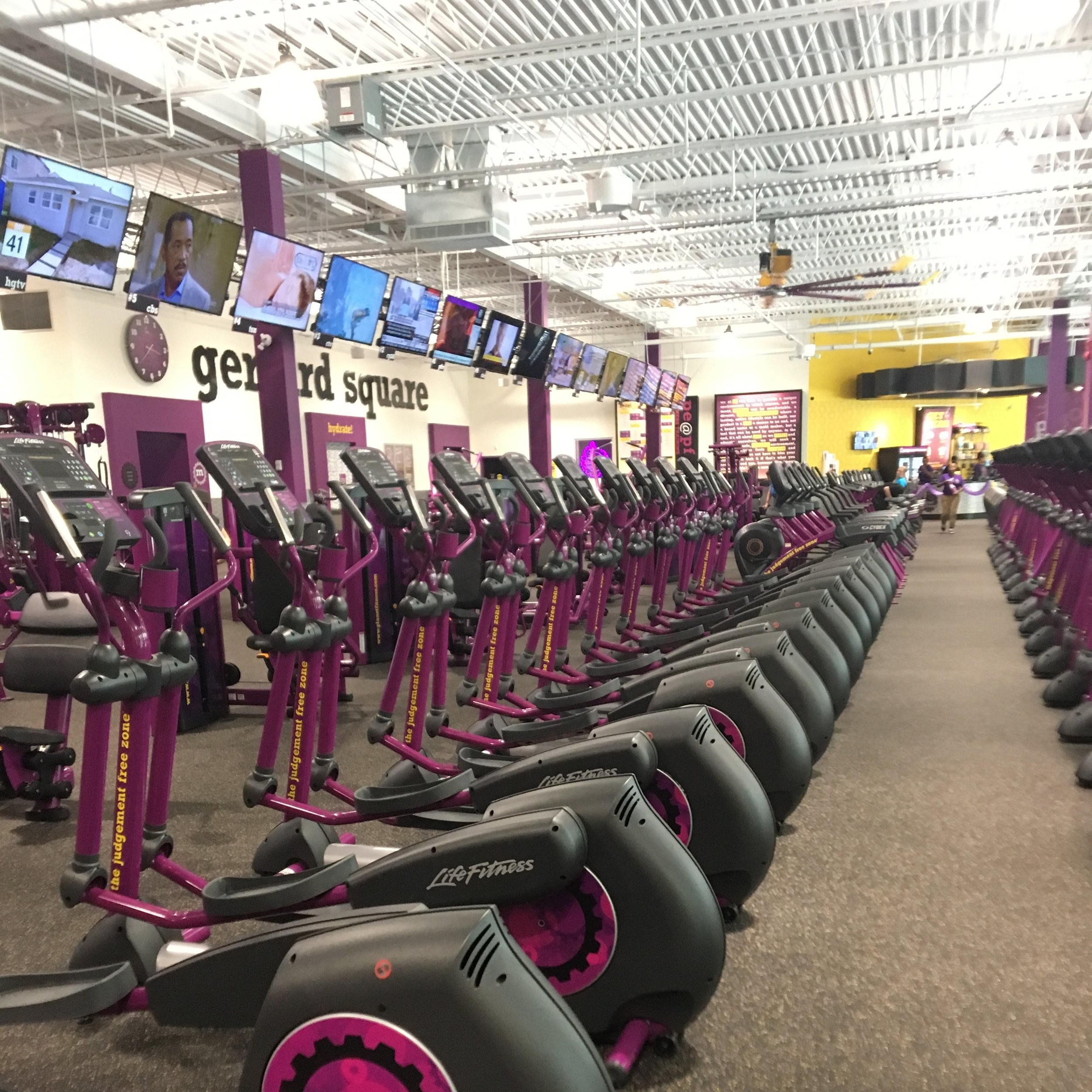 Checking Out Planet Fitness Gerrard Square The Prep Gal