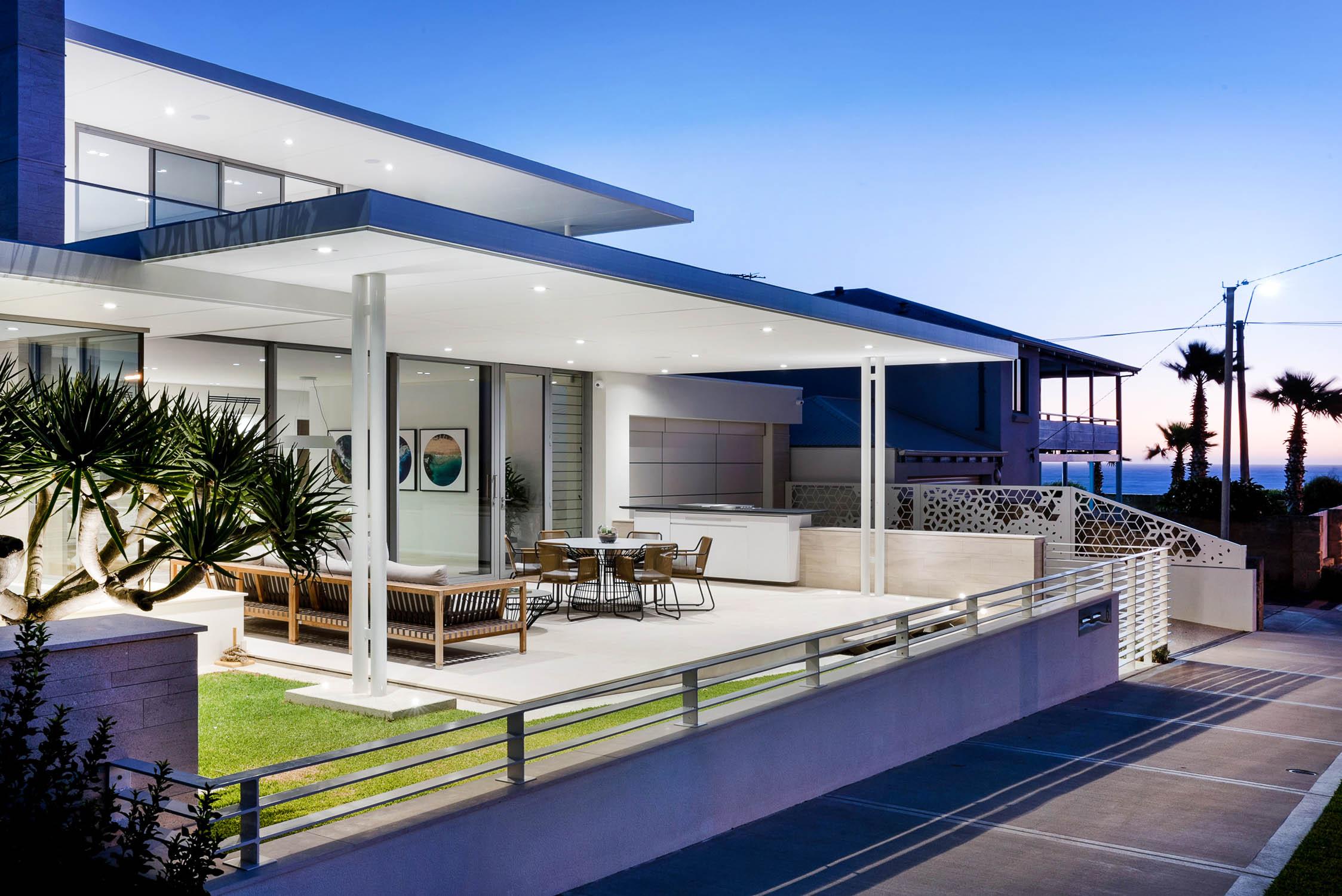 custom built homes    VIEW