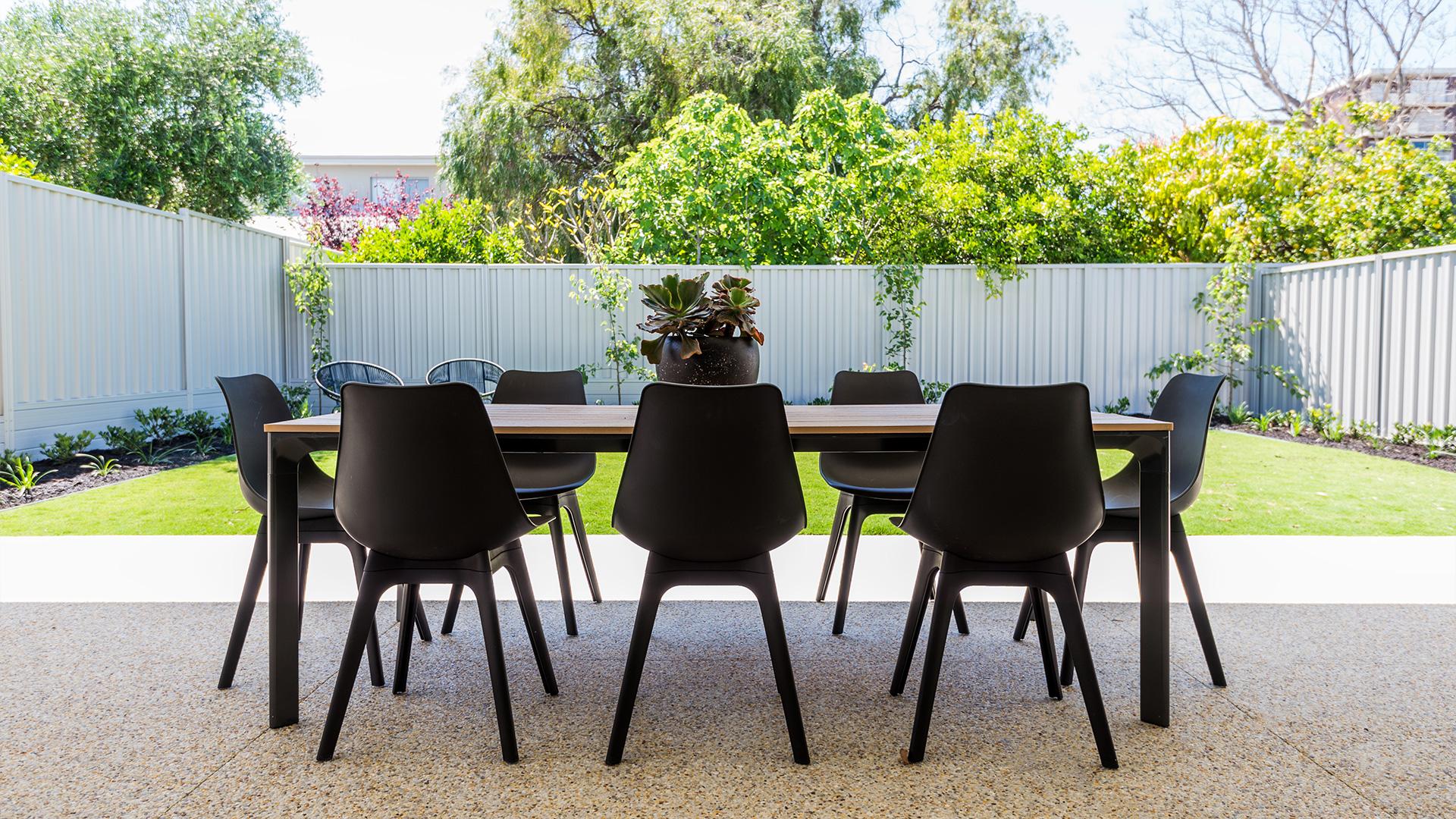 perth build contemporary outdoor living