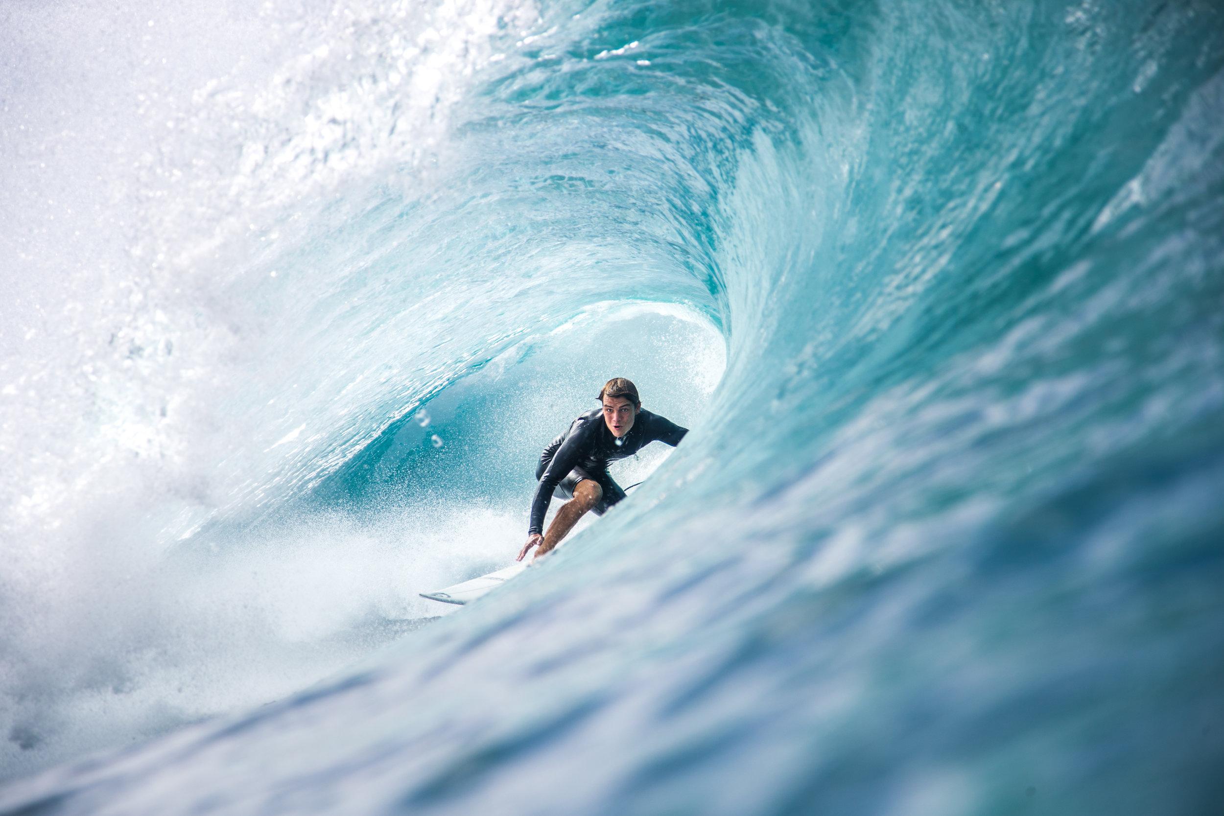 surfing pipeline water photo