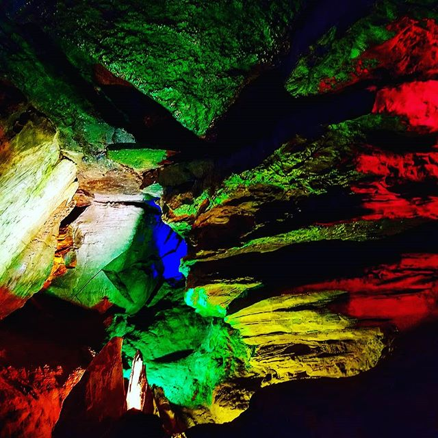@rottenart  Cavern Color 2018  #art #found #surface #underground #roadtrip #spelunking #music #retro #color #cave #insta #photo #badart #rottenart