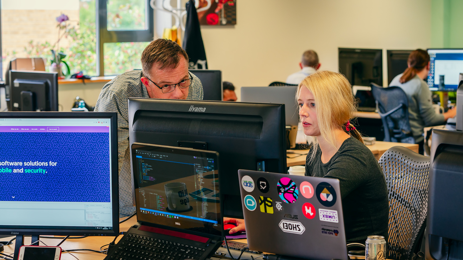 Office environment portraits 02.jpg