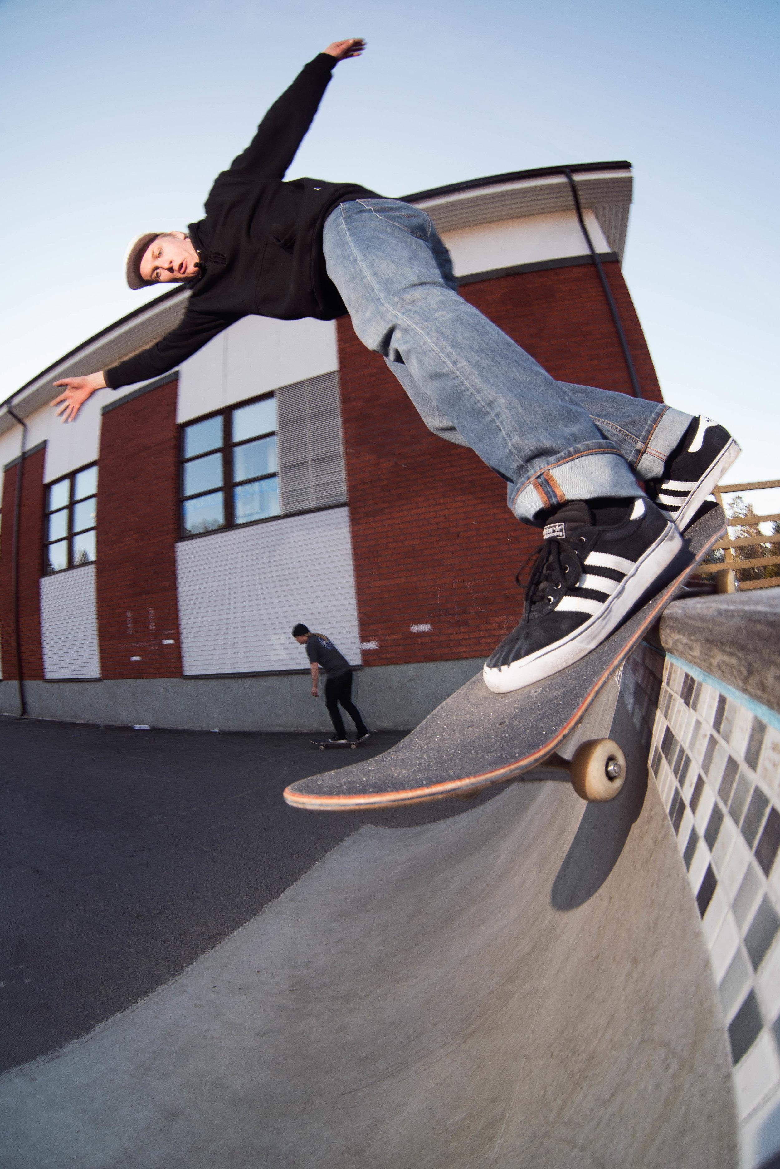 Eetu Sundvall, BS smithgrind | photo: Antti Lehtinen