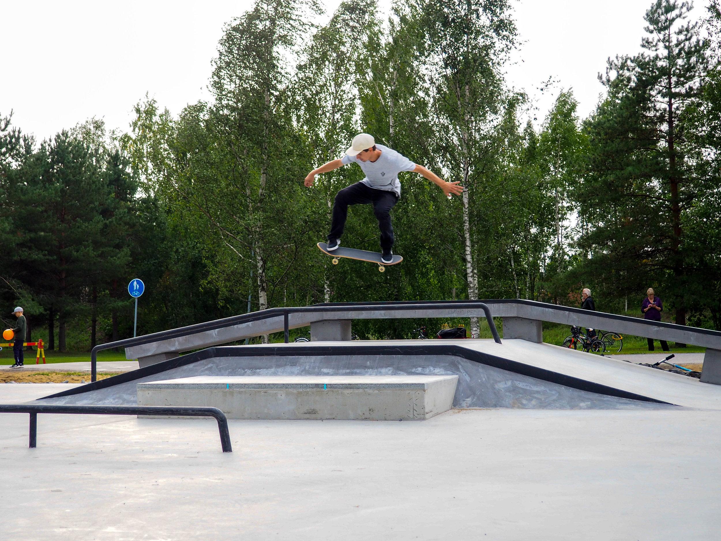 24.8.2018 Avajaiset | Eniz Fazliov - Ollie transfer