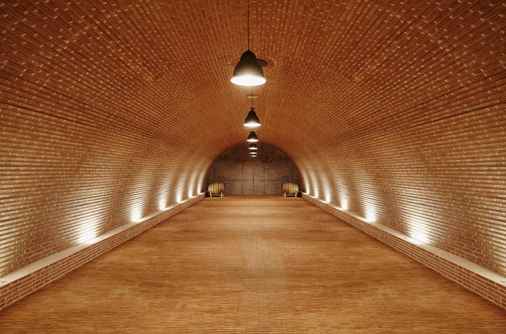 valdemonjas-winery-4.jpg