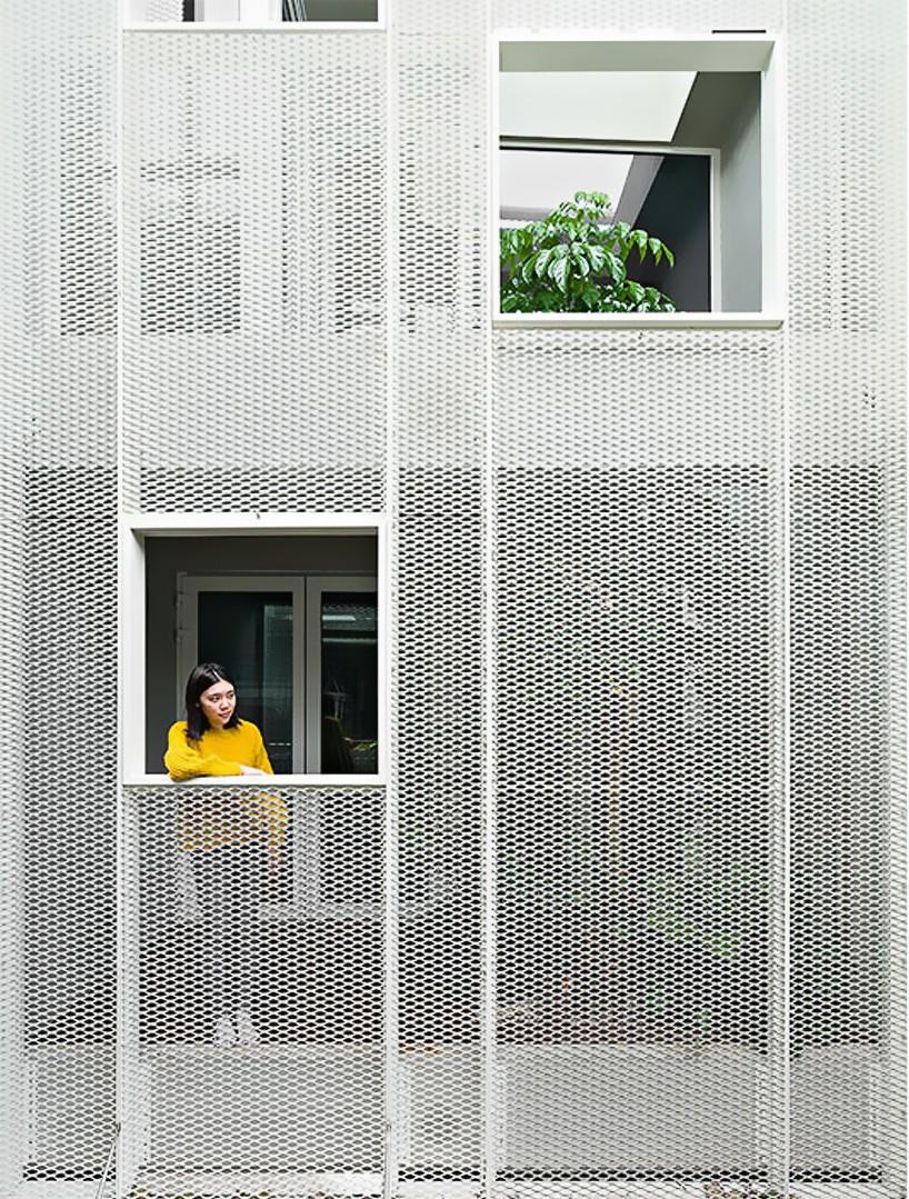 house-w-14.jpg