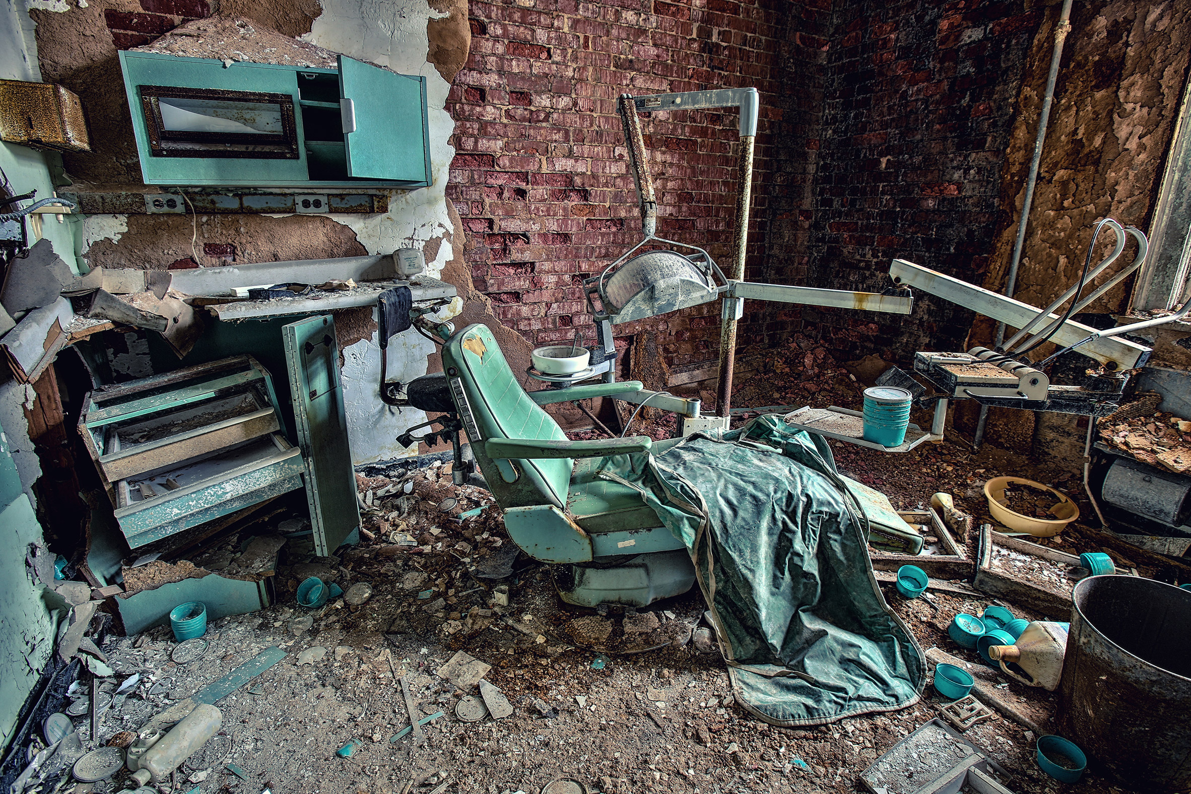Abandoned-Asylums-3.jpg