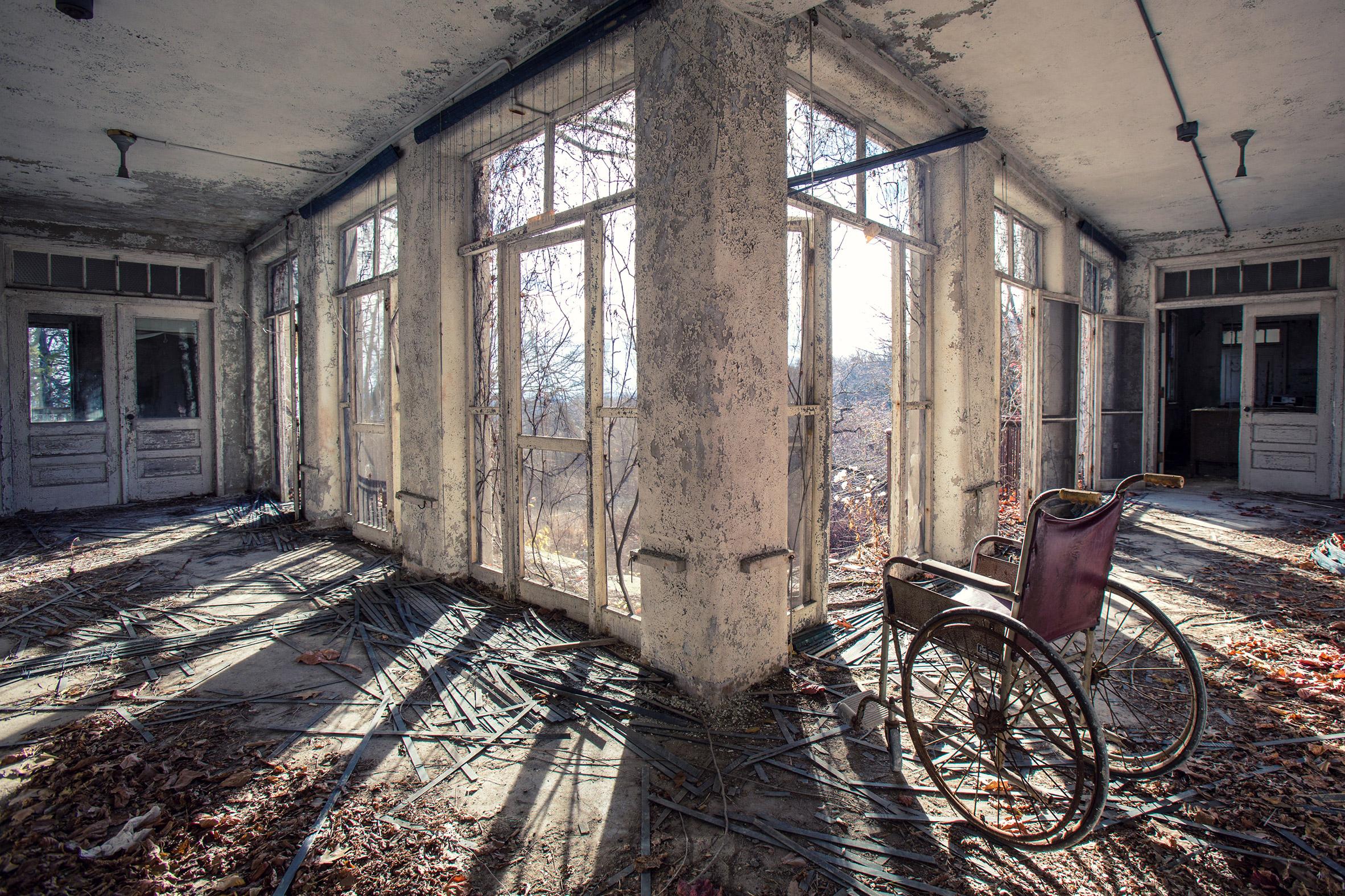 Abandoned-Asylums-4.jpg