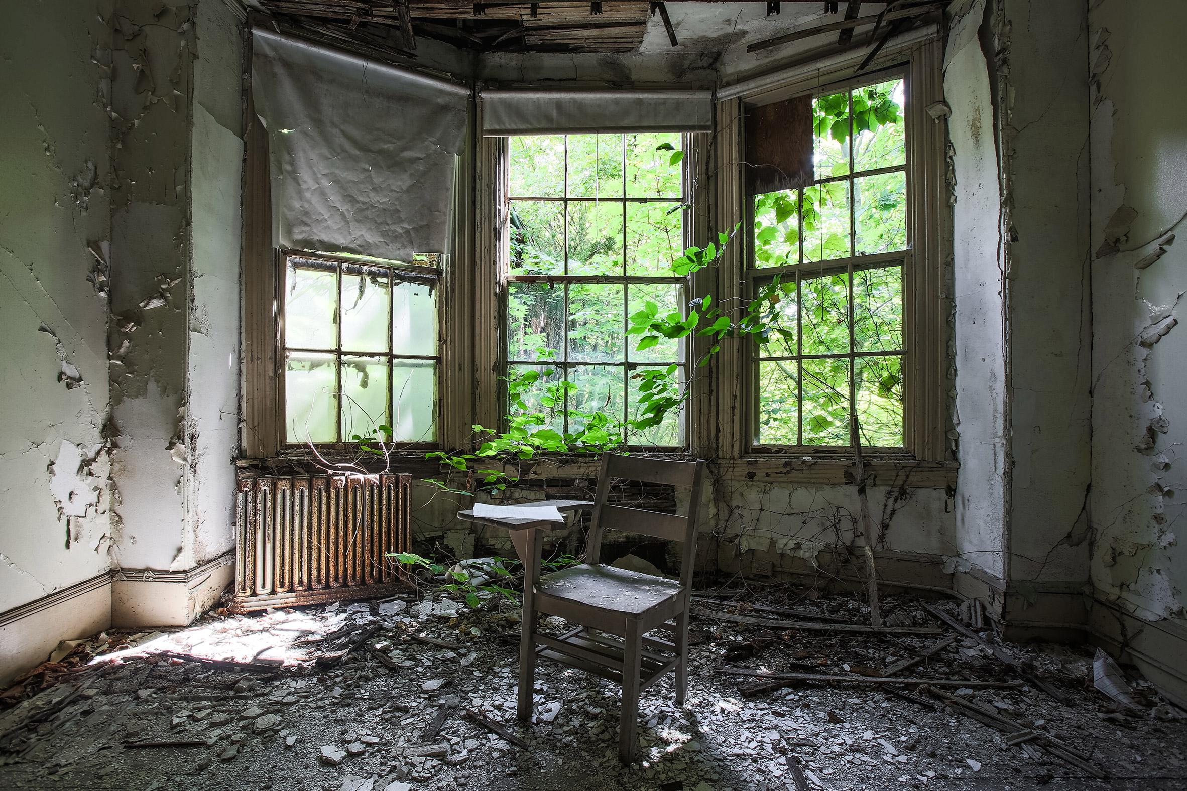 Abandoned-Asylums-7.jpg